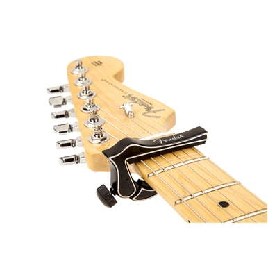 Fender® Dragon Capo -