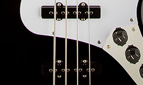 SINGLE-COIL JAZZ BASS PICKUPS