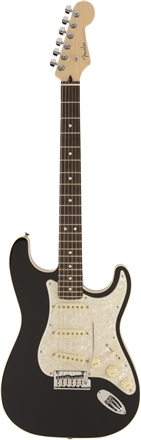 MADE IN JAPAN MODERN STRATOCASTER® - Black