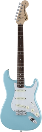 Made in Japan Traditional 70s Stratocaster® - Daphne Blue