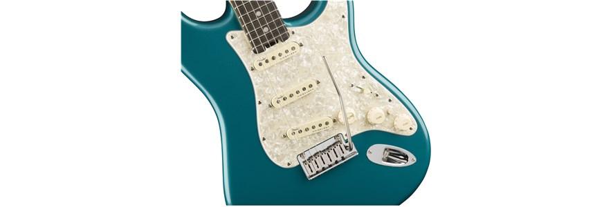 American Elite Stratocaster® - Ocean Turquoise