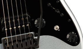 "BLACK HARDWARE & ""F"" LOGO KNOBS"