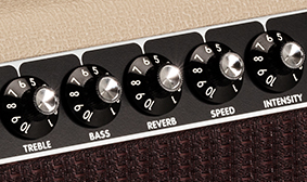 ONBOARD TREMOLO AND REVERB