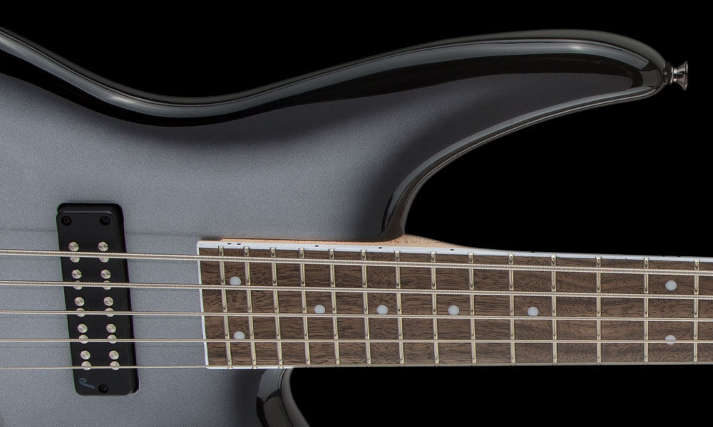 NEW OFFSET BODY SHAPE WITH LARGER UPPER HORN