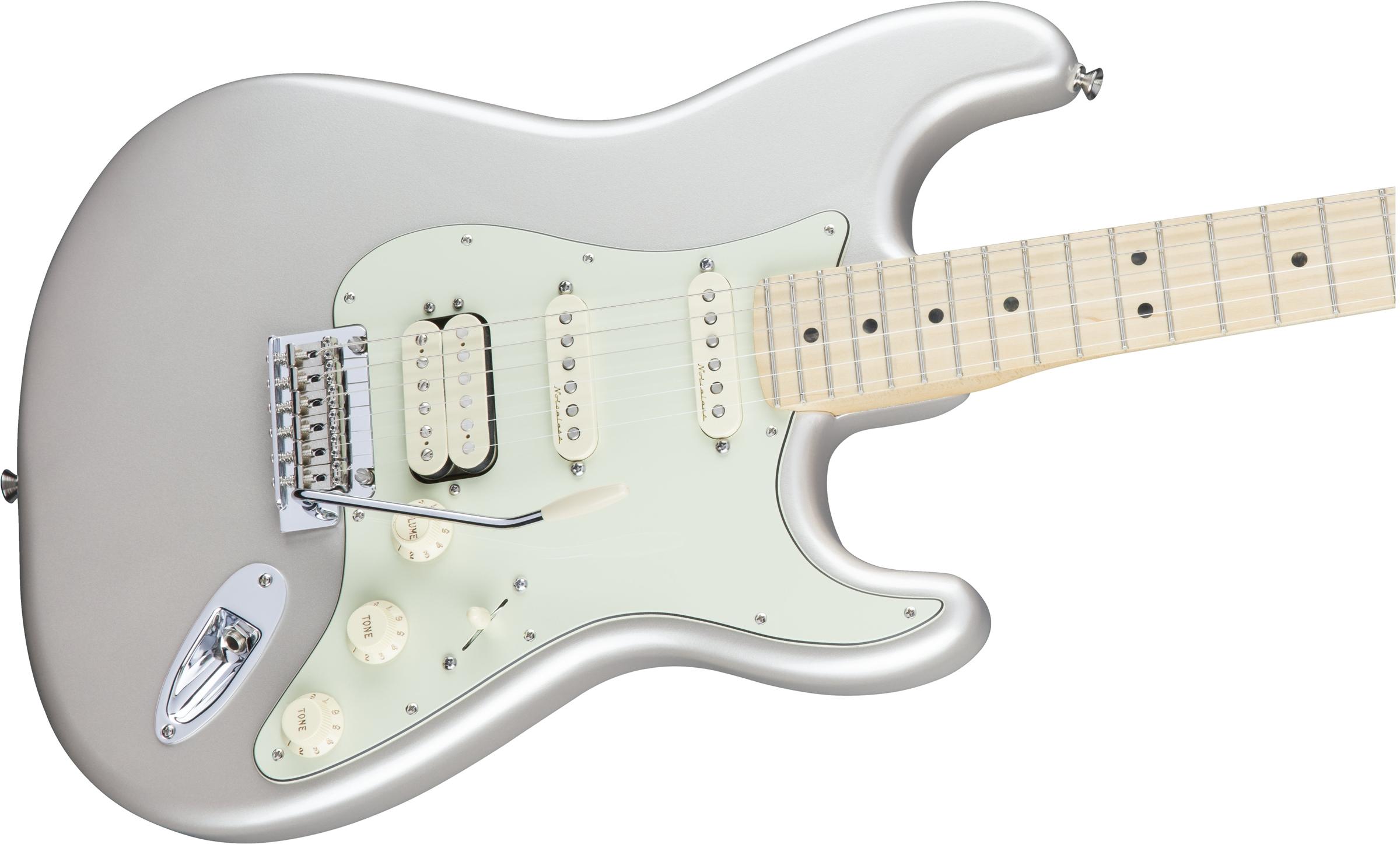 Fender Deluxe Stratocaster® HSS, Maple Fingerboard, Blizzard Pearl
