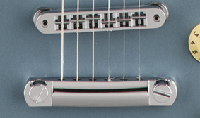 ADJUSTO-MATIC BRIDGE WITH VINTAGE-STYLE TREMOLO