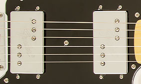 FENDER®-DESIGNED WIDE RANGE HUMBUCKING PICKUPS