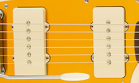 PAIR OF FULL-TONED SINGLE-COIL PICKUPS