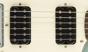 DUAL HUMBUCKING PICKUPS