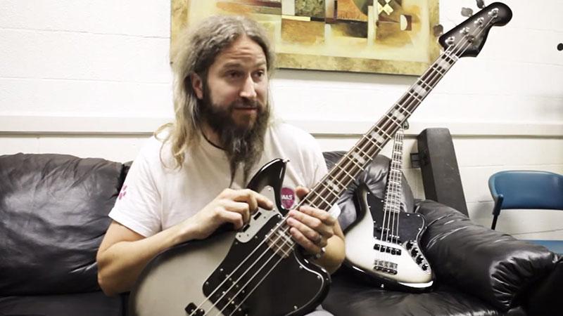 Charming Signature Jaguar® Bass